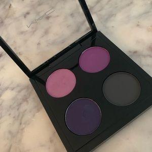 MAC Cosmetics LE Quad eyeshadow palette